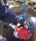 Chlapec spadl do studny. Podruhé se narodil