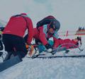 Sjezd z Ovčárny ukončil lyžař v nemocnici